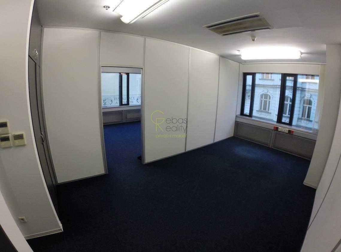 Kancelářské prostory v suterénu 270m2 - Na Perštýně, Praha 1