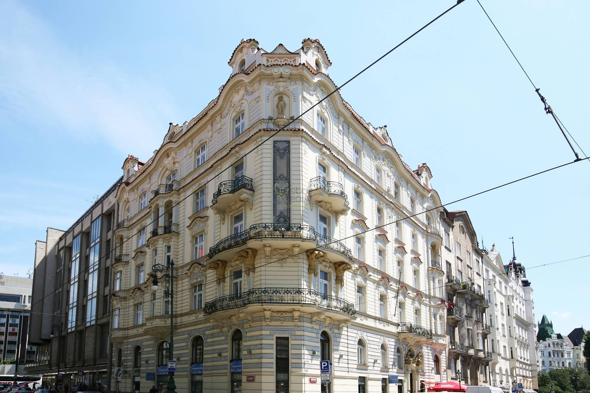 Pronájem kanceláře 73m2 - Břehová, Praha 1
